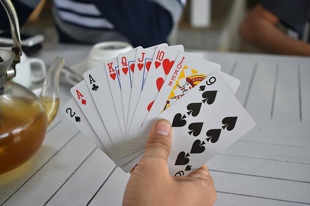 playing-cards-2652168_640.jpg